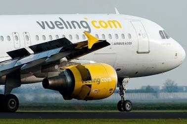 VY_A320_EC-KLB
